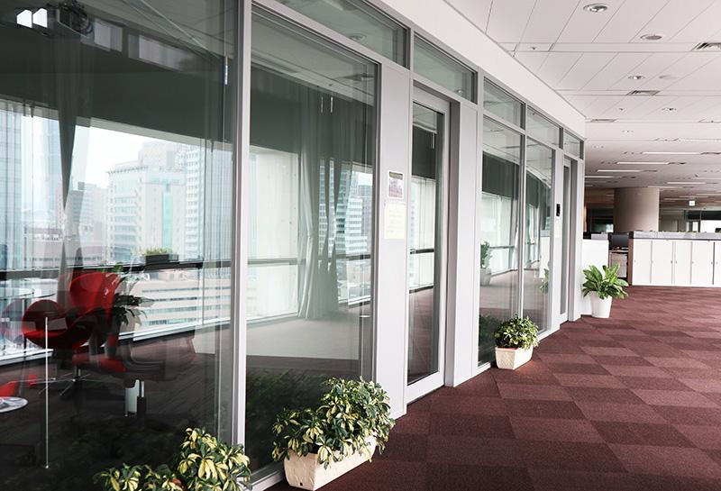 【玻璃隔音門】台北辦公室