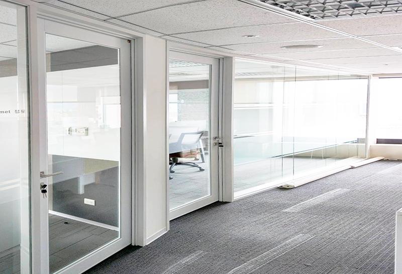 【玻璃隔音門及固定窗】DELL電腦台北辦公室